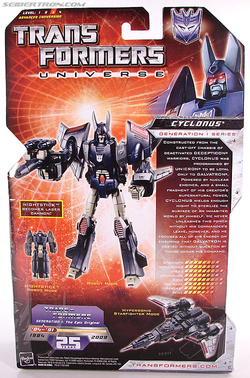Transformers Universe - Classics 2.0 Cyclonus (Image #19 of 195)