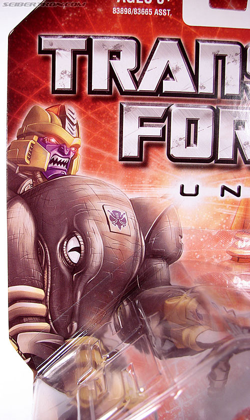 Transformers Universe - Classics 2.0 Dinobot (Image #3 of 181)