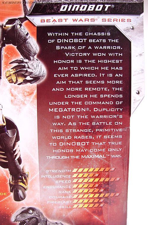 Transformers Universe - Classics 2.0 Dinobot (Image #14 of 181)