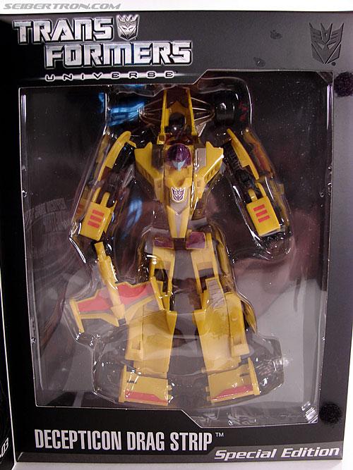 Transformers Universe - Classics 2.0 Drag Strip (SE-03) (Dragstrip) (Image #19 of 80)