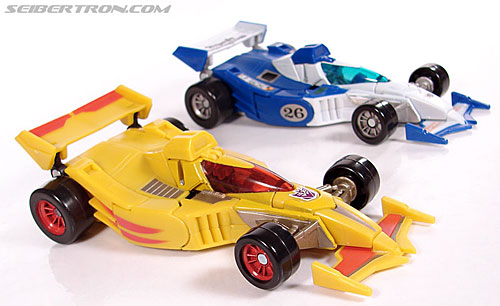 Transformers Universe - Classics 2.0 Drag Strip (SE-03) (Dragstrip) (Image #41 of 80)