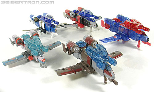 Transformers Universe - Classics 2.0 Fireflight (Image #21 of 119)
