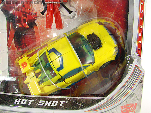 Transformers Universe - Classics 2.0 Hot Shot (Hot Rod) (Image #3 of 202)