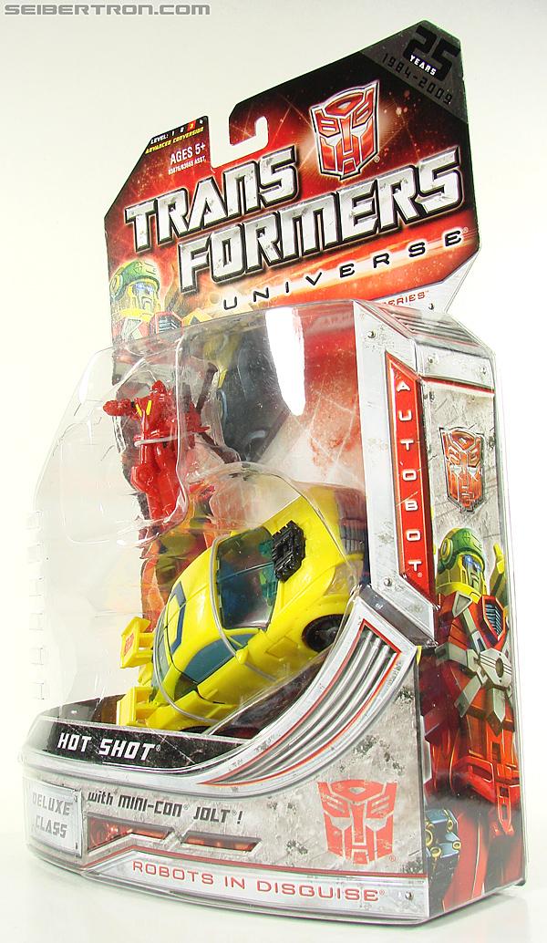 Transformers Universe - Classics 2.0 Hot Shot (Hot Rod) (Image #16 of 202)