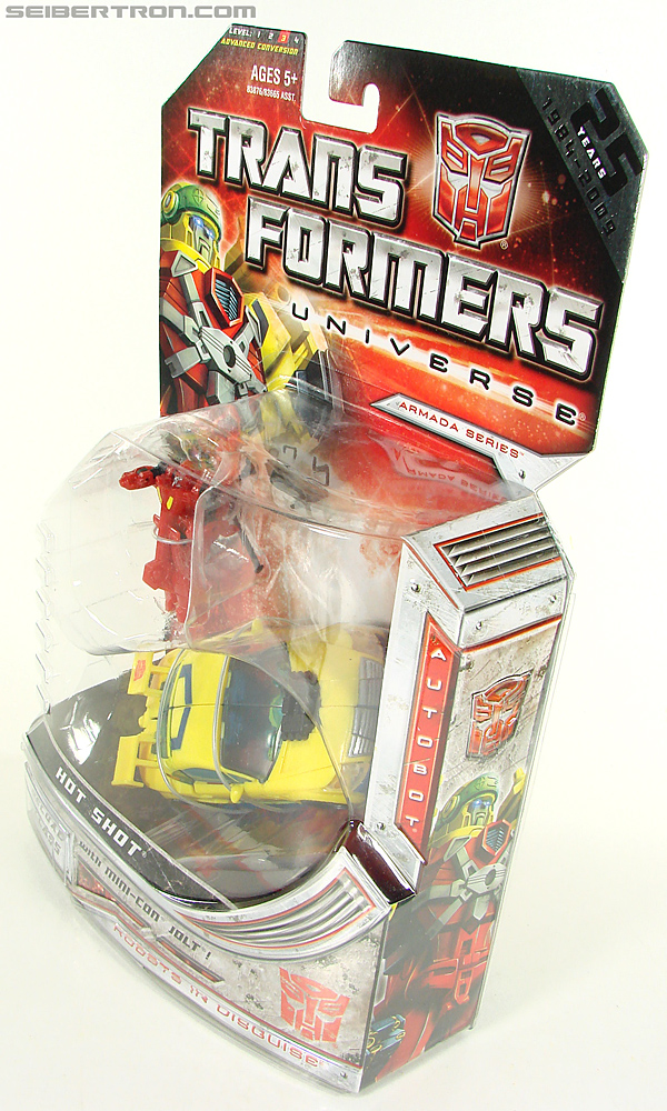 Transformers Universe - Classics 2.0 Hot Shot (Hot Rod) (Image #17 of 202)