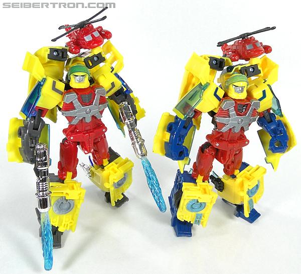Transformers Universe - Classics 2.0 Hot Shot (Hot Rod) (Image #162 of 202)