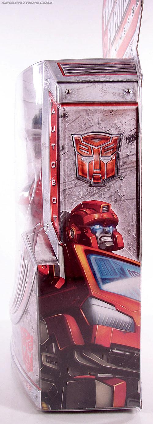 Transformers Universe - Classics 2.0 Ironhide (Image #12 of 125)