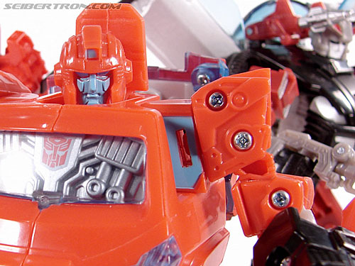 Transformers Universe - Classics 2.0 Ironhide (Image #100 of 125)