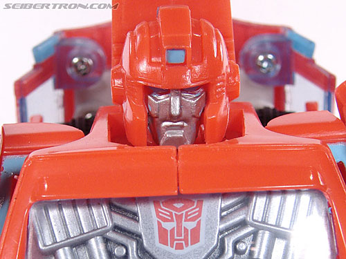Universe - Classics 2.0 Ironhide gallery