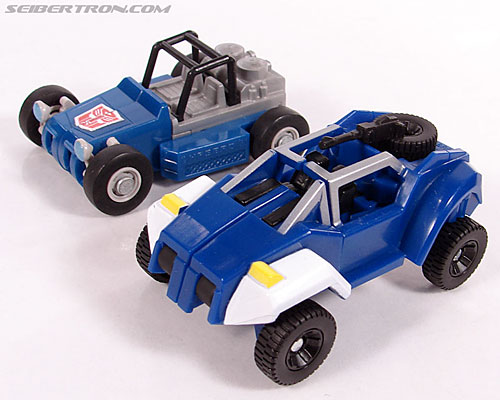 Transformers Universe - Classics 2.0 Beachcomber (Image #14 of 65)