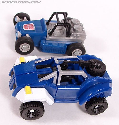 Transformers Universe - Classics 2.0 Beachcomber (Image #15 of 65)