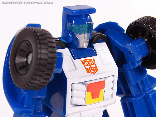 Transformers Universe - Classics 2.0 Beachcomber (Image #38 of 65)