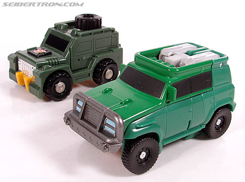 Transformers Universe - Classics 2.0 Brawn (Gong) (Image #14 of 66)