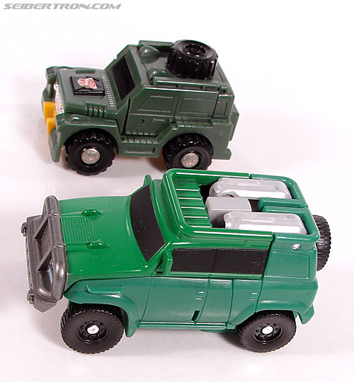 Transformers Universe - Classics 2.0 Brawn (Gong) (Image #15 of 66)