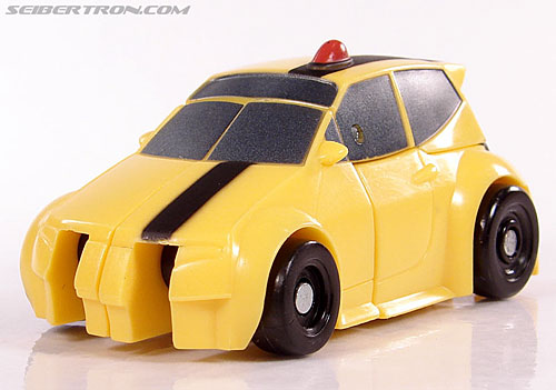 Transformers Universe - Classics 2.0 Bumblebee (Image #19 of 52)
