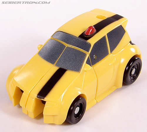 Transformers Universe - Classics 2.0 Bumblebee (Image #20 of 52)