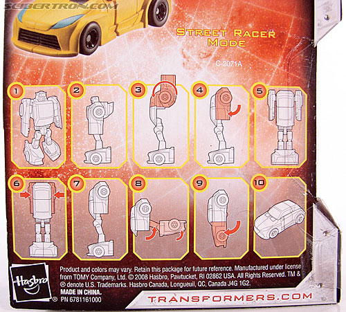 Transformers Universe - Classics 2.0 Bumblebee (Image #7 of 69)