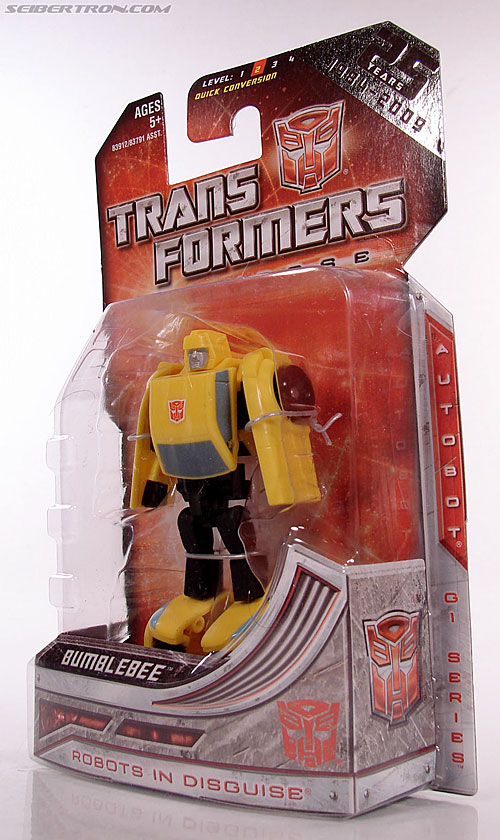 Transformers Universe - Classics 2.0 Bumblebee (Image #9 of 69)