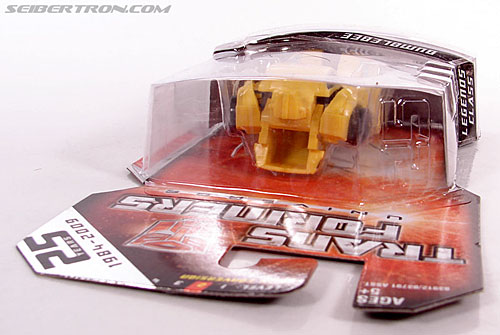 Transformers Universe - Classics 2.0 Bumblebee (Image #12 of 69)