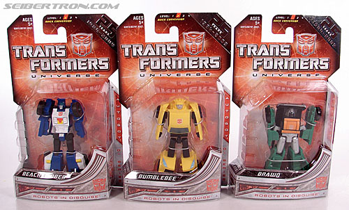Transformers Universe - Classics 2.0 Bumblebee (Image #13 of 69)