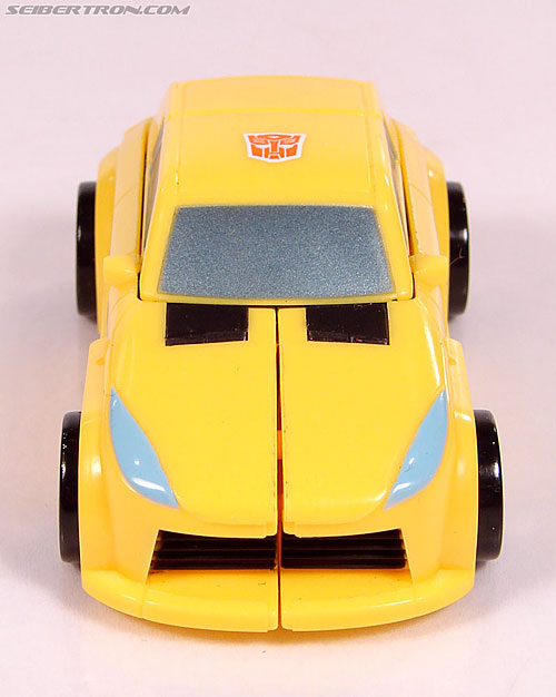 Transformers Universe - Classics 2.0 Bumblebee (Image #19 of 69)