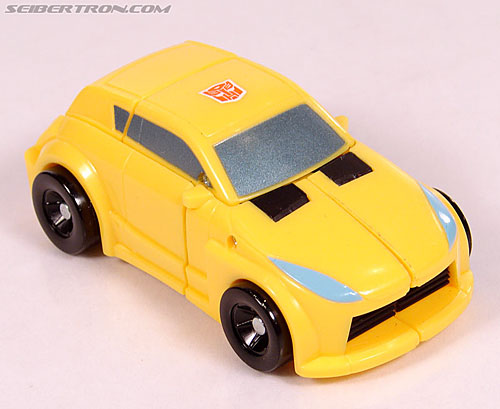 Transformers Universe - Classics 2.0 Bumblebee (Image #21 of 69)