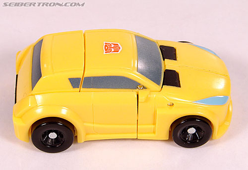 Transformers Universe - Classics 2.0 Bumblebee (Image #22 of 69)