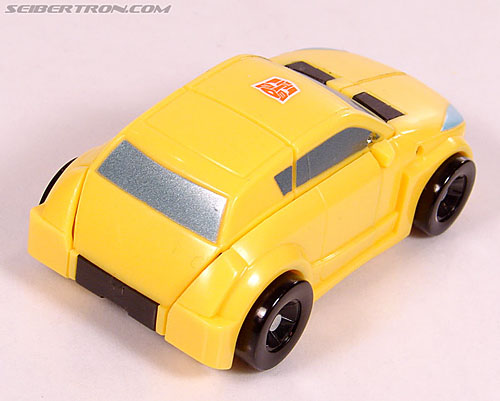 Transformers Universe - Classics 2.0 Bumblebee (Image #23 of 69)