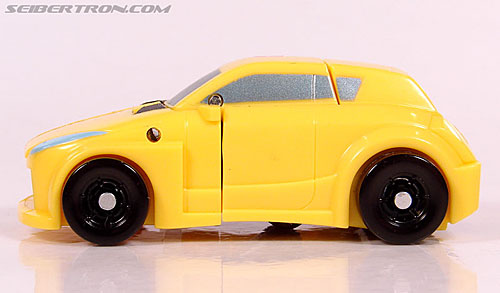Transformers Universe - Classics 2.0 Bumblebee (Image #28 of 69)