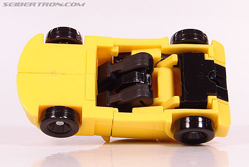 Transformers Universe - Classics 2.0 Bumblebee (Image #32 of 69)