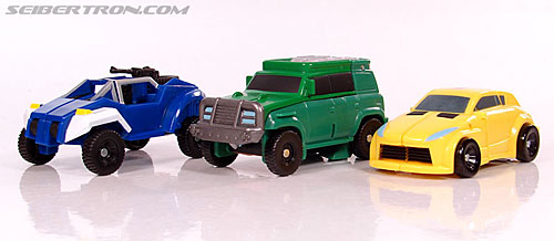 Transformers Universe - Classics 2.0 Bumblebee (Image #34 of 69)