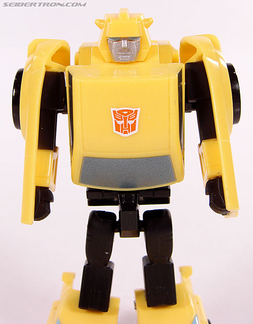 Transformers Universe - Classics 2.0 Bumblebee (Image #36 of 69)