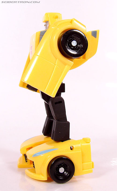 Transformers Universe - Classics 2.0 Bumblebee (Image #45 of 69)