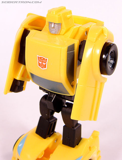 Transformers Universe - Classics 2.0 Bumblebee (Image #48 of 69)