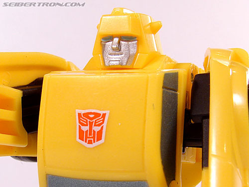 Transformers Universe - Classics 2.0 Bumblebee (Image #54 of 69)