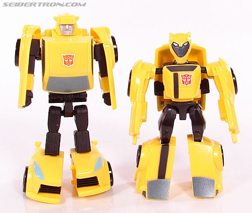 Transformers Universe - Classics 2.0 Bumblebee (Image #56 of 69)