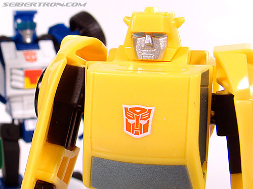 Transformers Universe - Classics 2.0 Bumblebee (Image #59 of 69)
