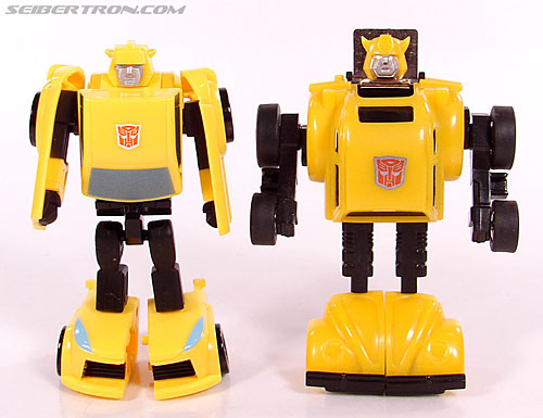 Transformers Universe - Classics 2.0 Bumblebee (Image #60 of 69)