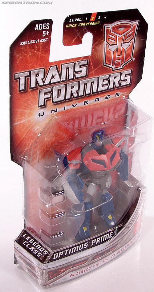 Transformers Universe - Classics 2.0 Optimus Prime (Image #2 of 53)