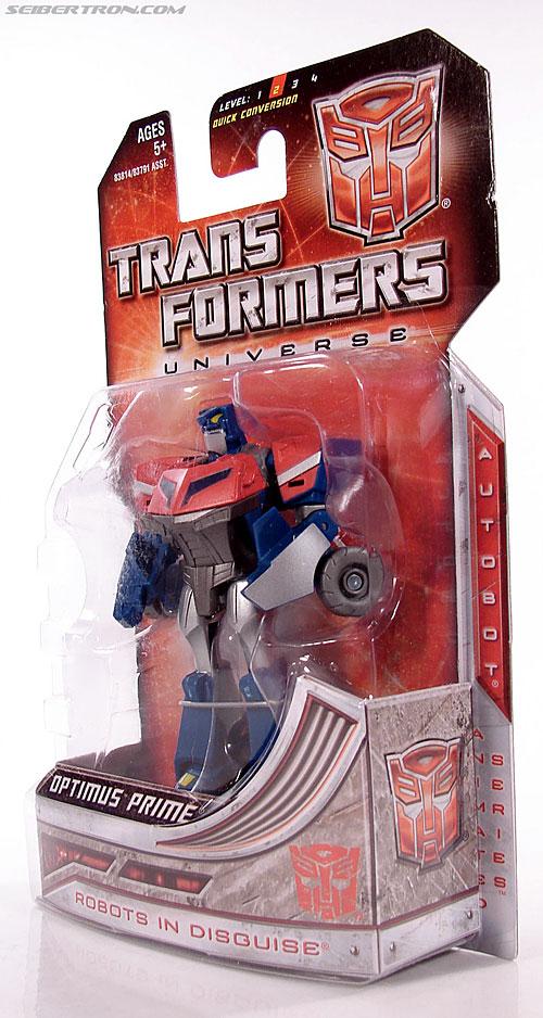 Transformers Universe - Classics 2.0 Optimus Prime (Image #6 of 53)