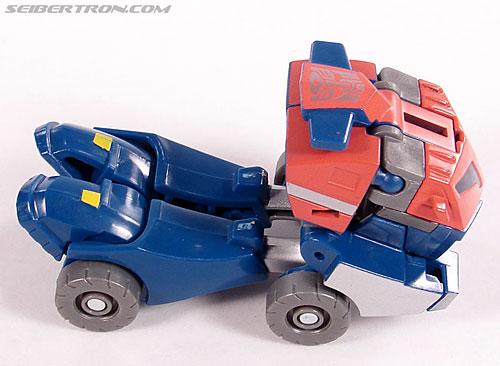 Transformers Universe - Classics 2.0 Optimus Prime (Image #13 of 53)