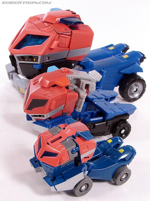 Transformers Universe - Classics 2.0 Optimus Prime (Image #25 of 53)