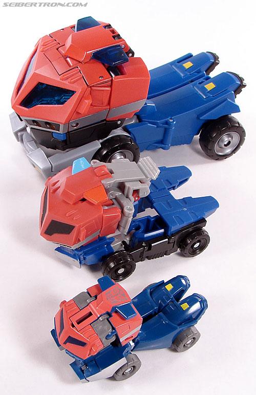 Transformers Universe - Classics 2.0 Optimus Prime (Image #26 of 53)