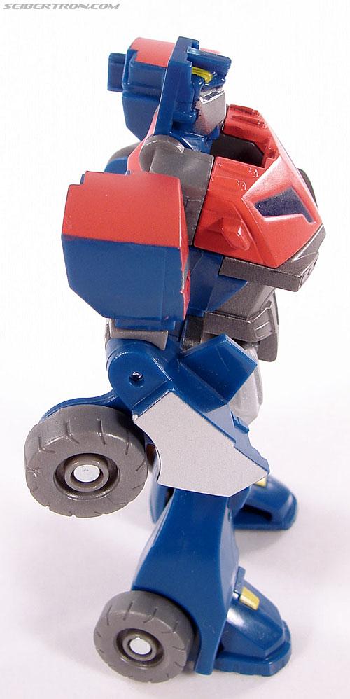 Transformers Universe - Classics 2.0 Optimus Prime (Image #33 of 53)