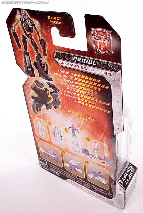 Transformers Universe - Classics 2.0 Prowl (Image #4 of 54)