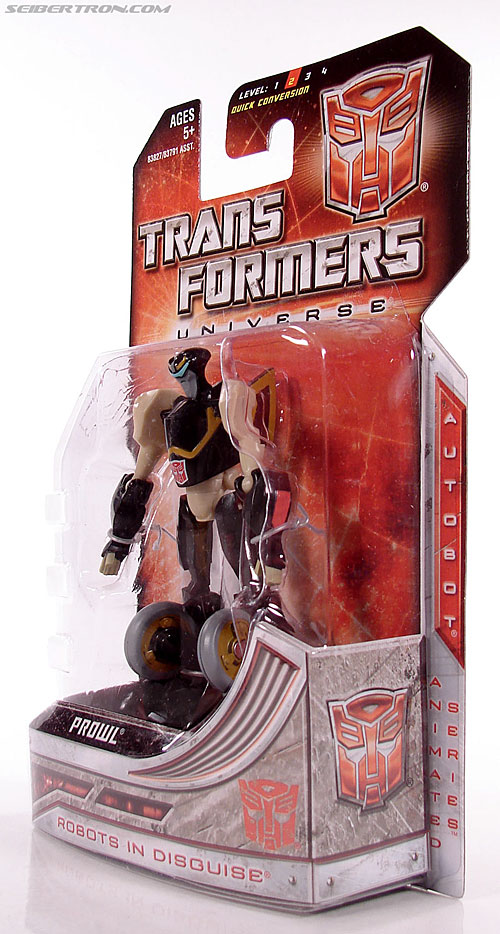 Transformers Universe - Classics 2.0 Prowl (Image #7 of 54)