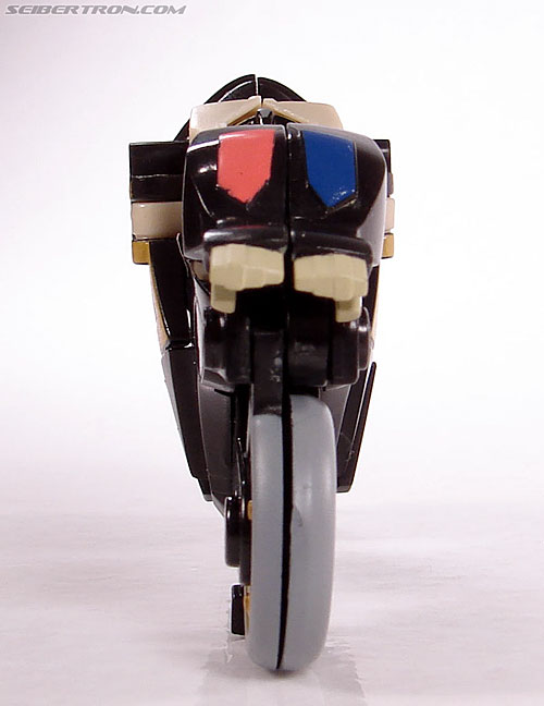Transformers Universe - Classics 2.0 Prowl (Image #17 of 54)