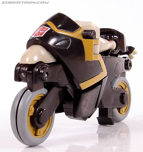 Transformers Universe - Classics 2.0 Prowl (Image #20 of 54)