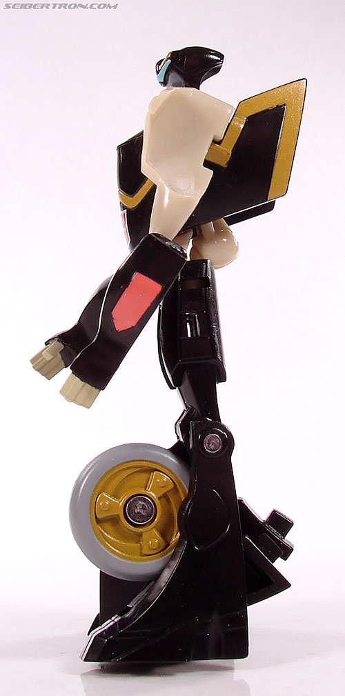 Transformers Universe - Classics 2.0 Prowl (Image #37 of 54)