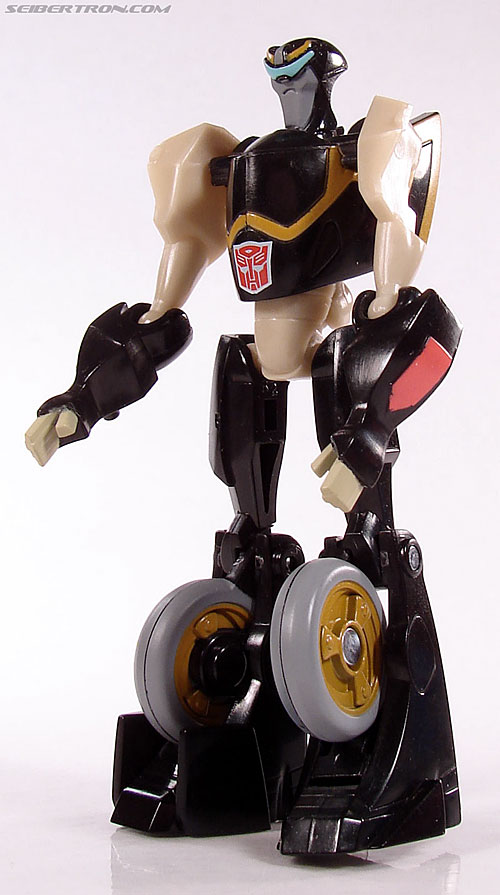 Transformers Universe - Classics 2.0 Prowl (Image #38 of 54)